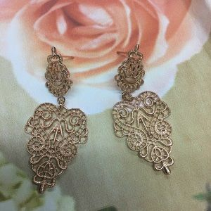 Fancy gold earrings NWT